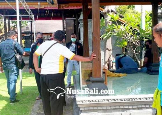 Nusabali.com - pura-agung-jagatnatha-buleleng-dibobol-kotak-sesari-dicongkel-bohlam-dilepas