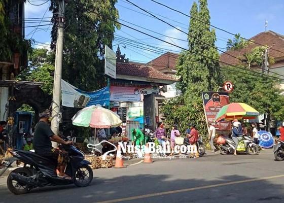 Nusabali.com - pemkab-desa-adat-perlu-duduk-bersama