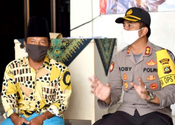 Nusabali.com - polres-badung-bagikan-193-paket-sembako-gratis