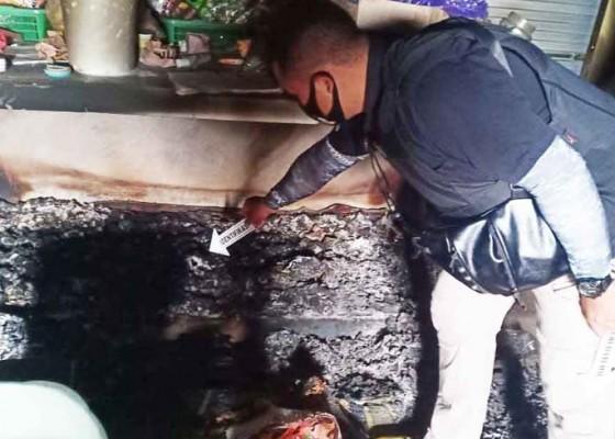 Nusabali.com - uang-puluhan-juta-terbakar