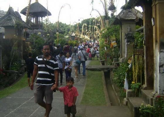 Nusabali.com - loloh-cemcem-penglipuran-laris-manis