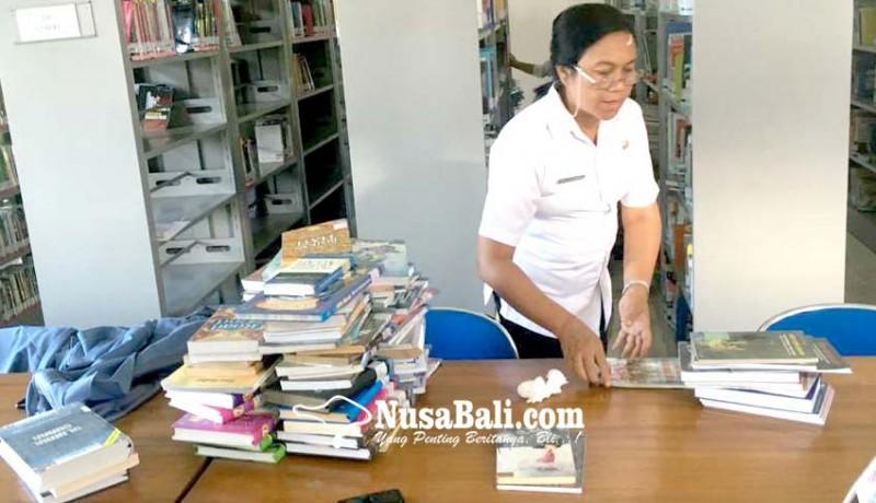 www.nusabali.com-masyarakat-disarankan-unduh-buku-di-perpustakaan-digital-pustaka-gita