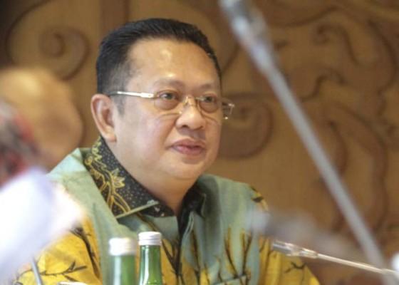 Nusabali.com - ketua-mpr-minta-pemerintah-kaji-kebijakan-new-normal
