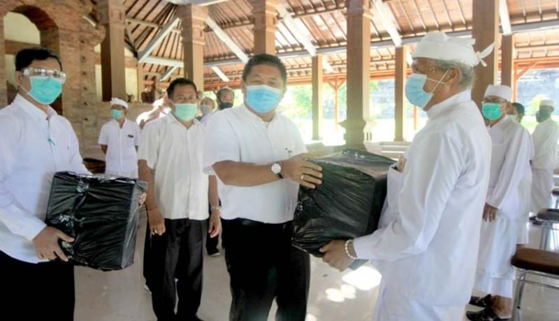 www.nusabali.com-bupati-artha-ajak-doakan-pandemi-segera-berakhir