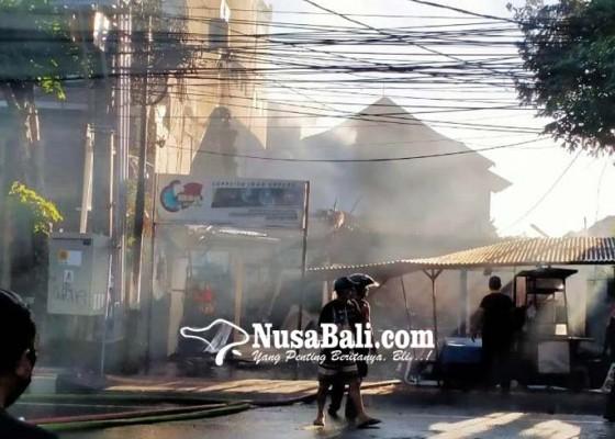 Nusabali.com - ditinggal-silaturahmi-rumah-ludes-terbakar