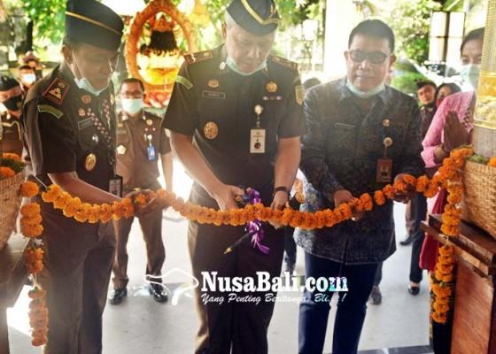 Nusabali.com - kejari-denpasar-bersolek-ditengah-pandemi-covid-19
