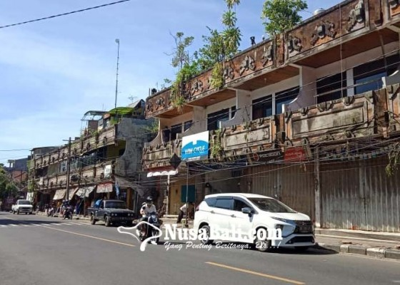 Nusabali.com - desa-adat-gianyar-dibebaskan-buka-pasar-senggol-di-gor-kebo-iwa