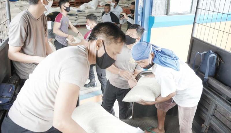 www.nusabali.com-polres-bangli-gelontor-bantuan-20-ton-beras