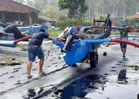 Nusabali.com - gelombang-tinggi-nelayan-dilarang-melaut