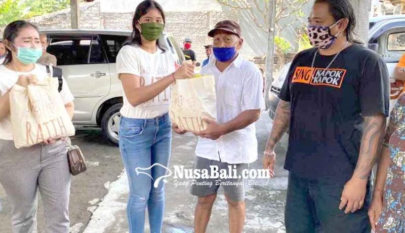www.nusabali.com-rayakan-ultah-siswi-sma-sumbangkan-sembako