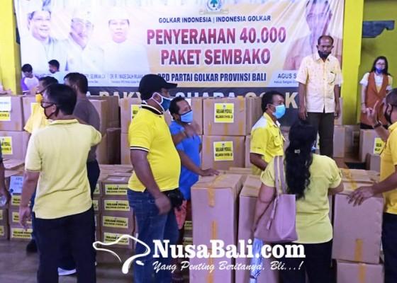 Nusabali.com - golkar-bali-gelontor-40000-paket-sembako