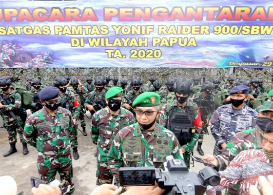 Nusabali.com - pangdam-lepas-450-prajurit-yonif-raider-900sbw-ke-papua
