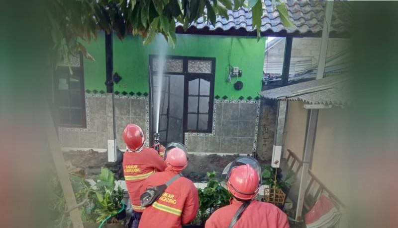 www.nusabali.com-ditinggal-kerja-rumah-terbakar