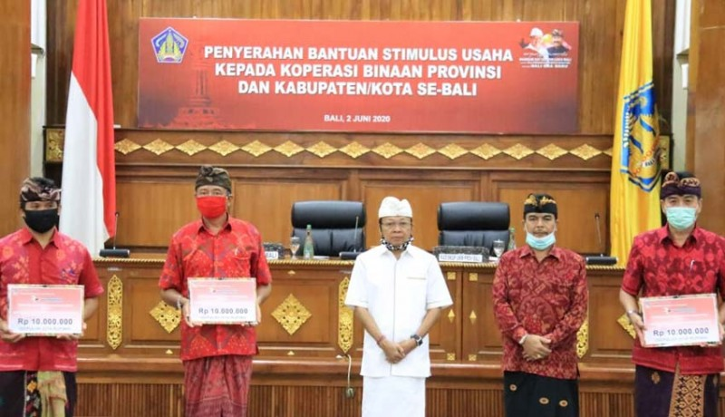 www.nusabali.com-gubernur-gelontor-stimulus-untuk-4000-koperasi