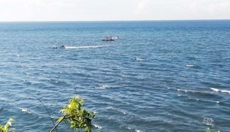 www.nusabali.com-rumpon-nelayan-tejakula-disapu-air-laut