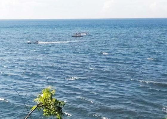 Nusabali.com - rumpon-nelayan-tejakula-disapu-air-laut