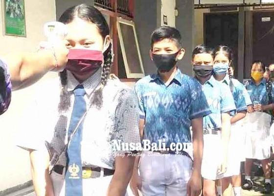 Nusabali.com - calon-siswa-baru-mulai-datangi-sma-pgri