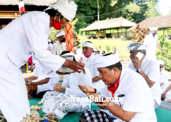 Nusabali.com - upacara-pamahayu-jagat-dipuput-tiga-sulinggih-dan-seorang-rsi