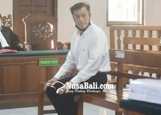 Nusabali.com - bos-bpr-legian-ditelanjangi-anak-buah