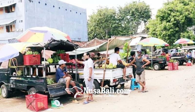 www.nusabali.com-direlokasi-pedagang-bermobil-pasar-anyar-masih-bandel