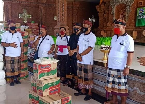 Nusabali.com - ulang-tahun-lpd-desa-pedungan-bagikan-3205-paket-sembako