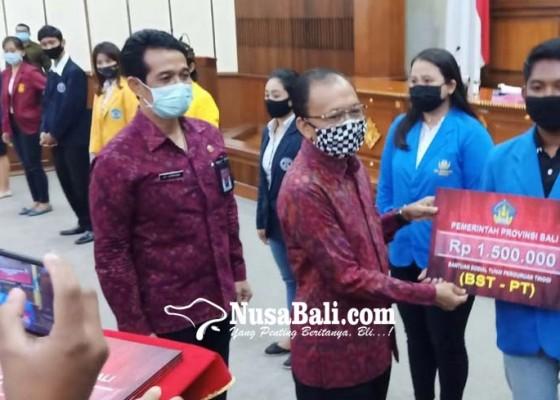 Nusabali.com - giliran-9412-mahasiswa-se-bali-digelontor-bst