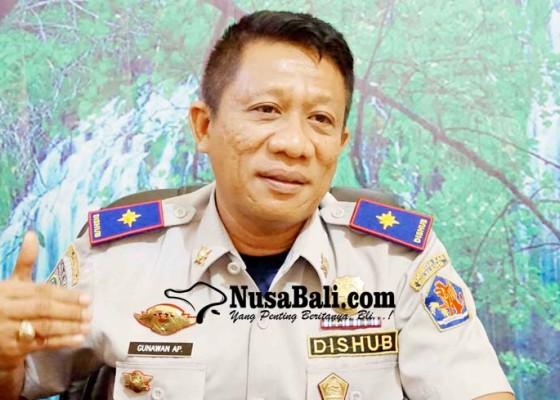 Nusabali.com - dishub-turunkan-target-retribusi-parkir-rp-18-m