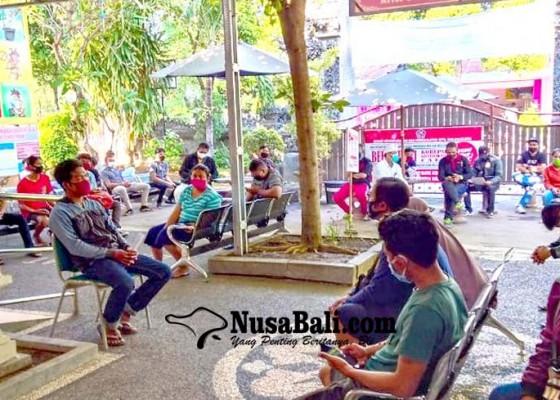 Nusabali.com - jam-layanan-kependudukan-online-dipangkas
