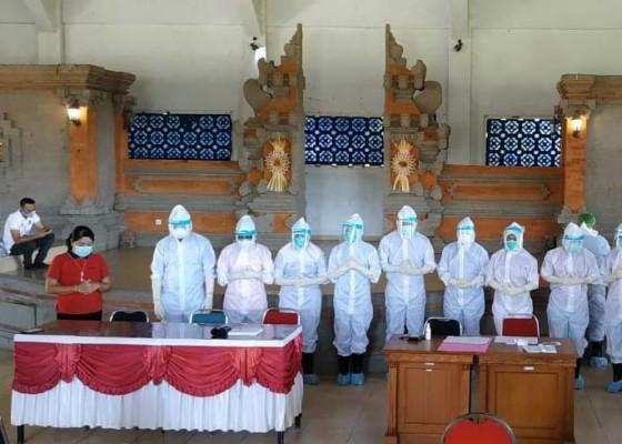 Nusabali.com - anggota-dewan-pegawai-dprd-badung-di-rapid-test-2-reaktif
