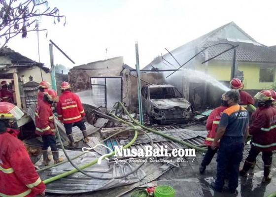 Nusabali.com - rumah-terbakar-ayah-dan-anak-nyaris-terpanggang