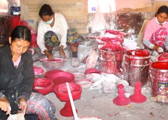 Nusabali.com - limbah-industri-fiber-makin-parah