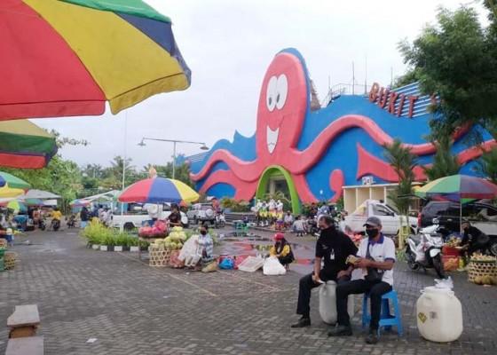 Nusabali.com - pasar-di-water-boom-bukit-jati