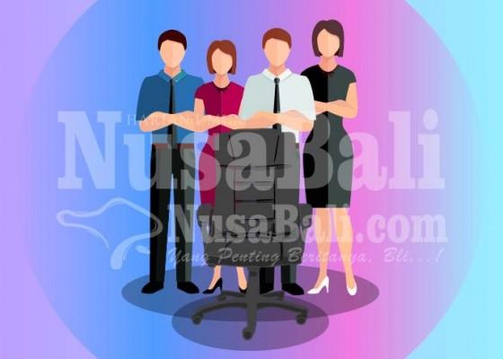 Nusabali.com - 3-camat-dan-2-mantan-kabag-humas-bersaing