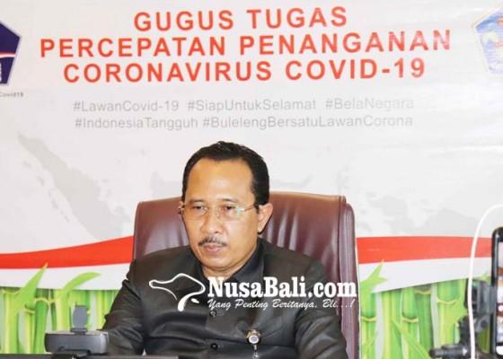 Nusabali.com - anggota-dan-staf-kesekretariatan-dprd-buleleng-jalani-swab