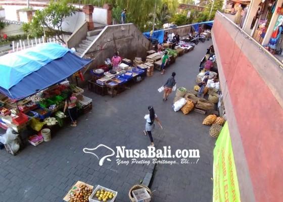 Nusabali.com - pedagang-mengeluh-sepi-pembeli