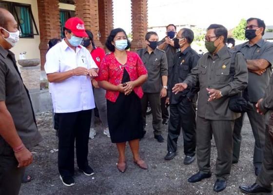 Nusabali.com - pembangunan-lanjutan-smpn-13-ditunda