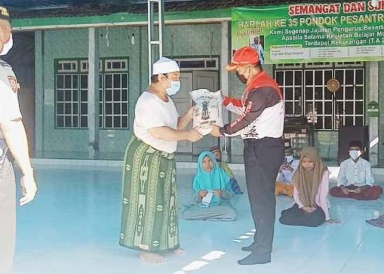 Nusabali.com - polsek-gerokgak-baksos-di-pondok-pesantren
