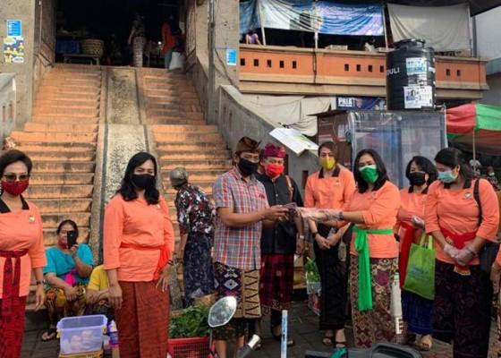 Nusabali.com - dwp-sumbang-600-masker-ke-pasar
