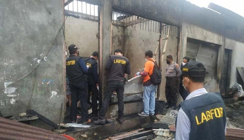 www.nusabali.com-pasar-baturiti-terbakar-12-kios-ludes
