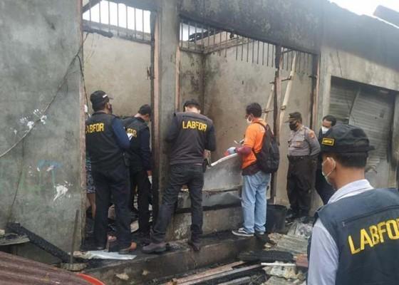 Nusabali.com - pasar-baturiti-terbakar-12-kios-ludes