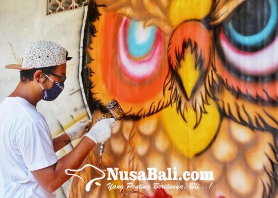 Nusabali.com - layangan-celepuk-gunakan-teknik-airbrush
