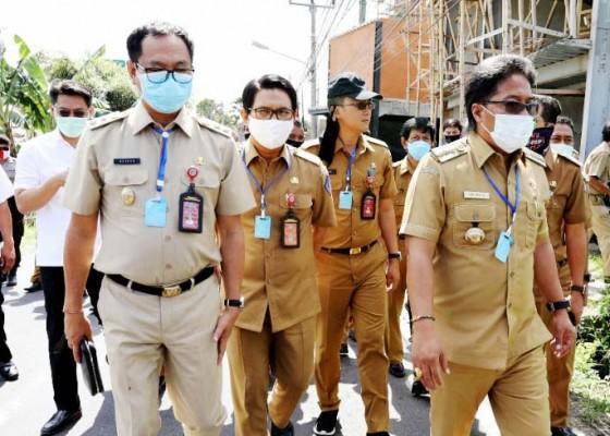 Nusabali.com - rp-10-miliar-untuk-penataan-trotoar-di-jalan-batu-bolong