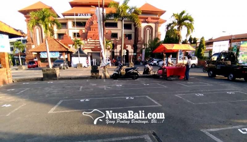 www.nusabali.com-ratusan-pedagang-kumbasari-dipindah