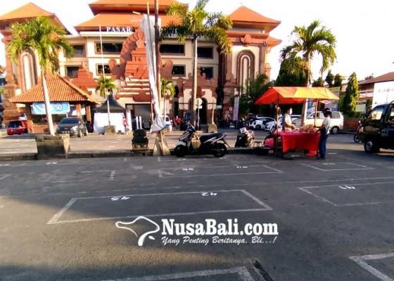 Nusabali.com - ratusan-pedagang-kumbasari-dipindah