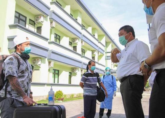 Nusabali.com - tersisa-1-pasien-pmi-3-kasus-transmisi-lokal-dan-luar-daerah
