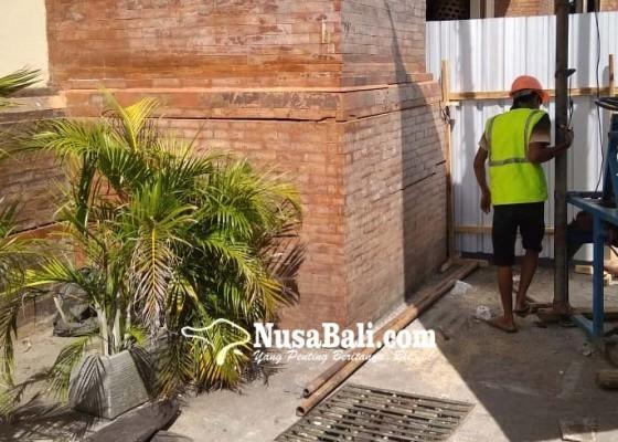 Nusabali.com - tembok-bangunan-pasar-badung-kembali-retak