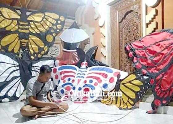Nusabali.com - demam-malayangan-celepuk-air-brush-paling-dicari