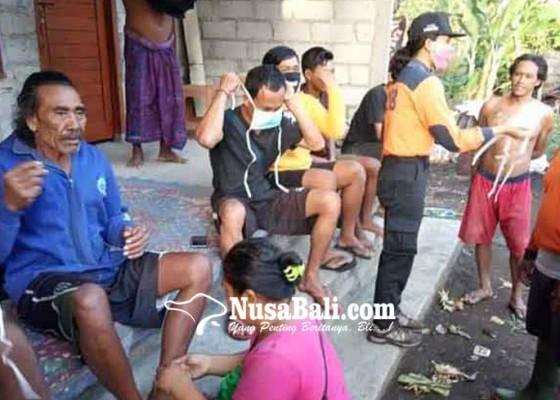 Nusabali.com - jukung-terbalik-dihantam-gelombang-selamat-setelah-13-jam-terombang-ambing