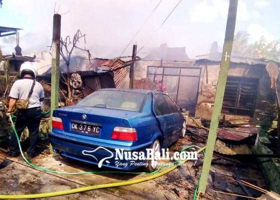 Nusabali.com - 5-rumdis-tni-di-komplek-sudirman-terbakar
