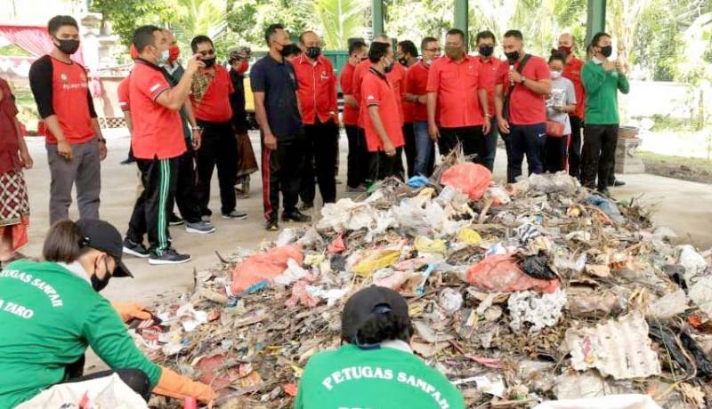 www.nusabali.com-bupati-mahayastra-resmikan-fasilitas-pengolahan-sampah-desa-di-taro